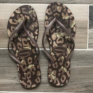 Havaianas Flip Flops. See photos for condition.